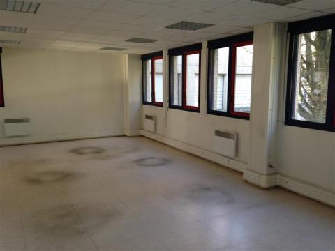 Location Bureaux et activités légères VILLENEUVE D'ASCQ - Photo 3