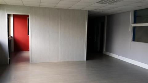 Location Entrepôts WASQUEHAL - Photo 4