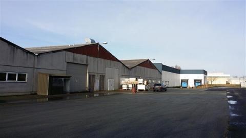 Location Activités Entrepôts NEUVILLE EN FERRAIN - Photo 1