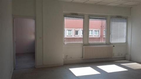 Location Bureaux LILLE - Photo 2