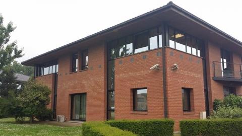 Location Bureaux LEZENNES - Photo 1