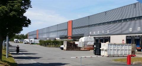 Location Entrepôts HOUPLINES - Photo 1