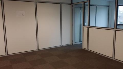 Location Bureaux LESQUIN - Photo 4