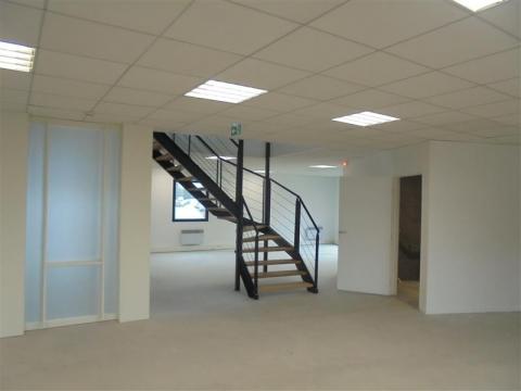 Location Bureaux LEZENNES - Photo 8