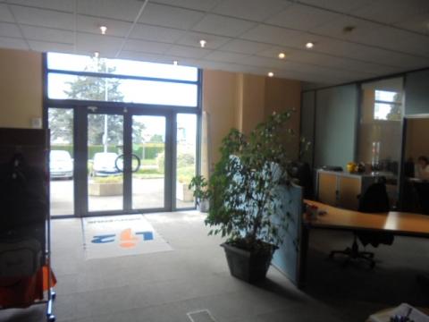 Location Bureaux et activités légères LESQUIN - Photo 3