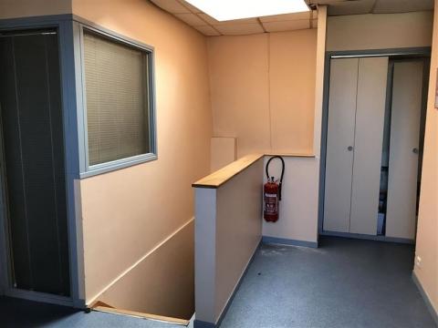 Location Bureaux et activités légères ROUBAIX - Photo 2