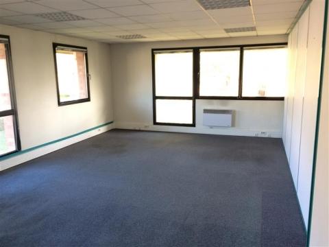 Location Bureaux LEZENNES - Photo 3