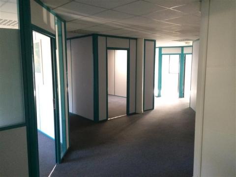 Location Bureaux LEZENNES - Photo 4