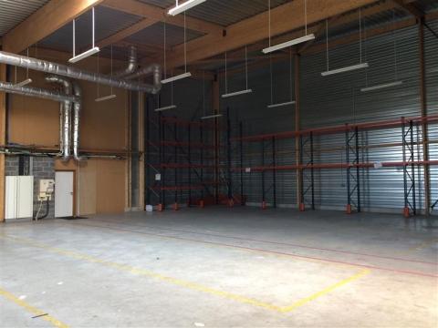 Location Entrepôts VILLENEUVE D'ASCQ - Photo 2