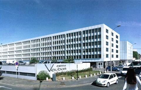 CENTRE VAUBAN - PLUSIEURS SURFACES DE BUREAUX SONT DISPONIBLES A LA LOCATION