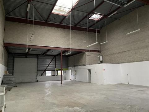 Location Activités Entrepôts MONTEVRAIN - Photo 2