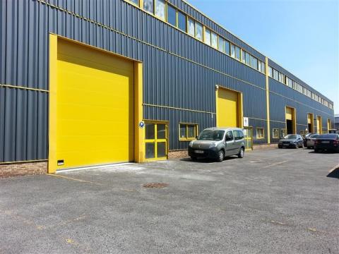 Location Activités Entrepôts COURTRY - Photo 1