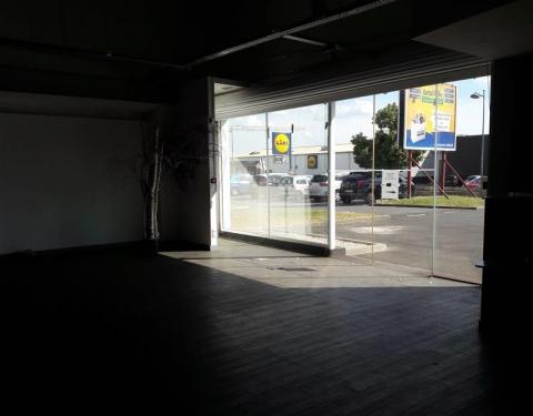 Vente Investisseur Commerces BRIE COMTE ROBERT - Photo 2