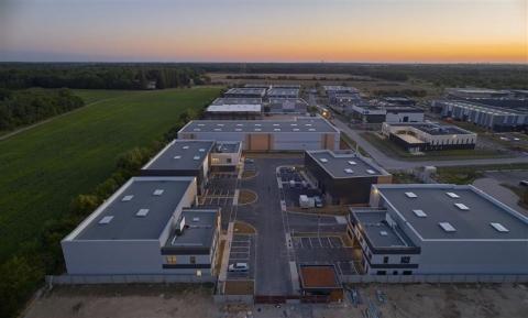 Bâtiments indépendants d'activités et de bureaux neufs à louer - ZAC de Lamirault