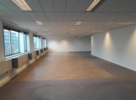 Vente Investisseur Bureaux NOISY LE GRAND - Photo 3