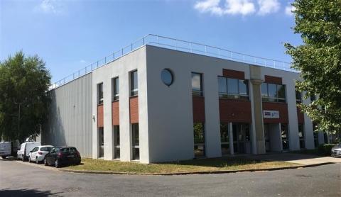 Location Activités Entrepôts EMERAINVILLE - Photo 1