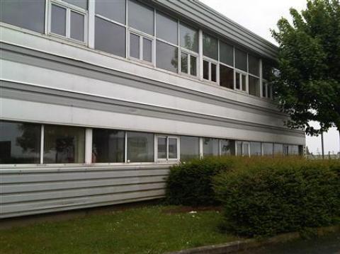 Location Bureaux et activités légères GONESSE - Photo 2