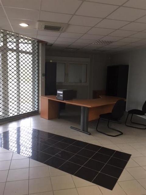 Location Bureaux VELAINE EN HAYE - Photo 5