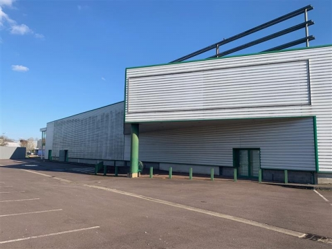 Location Commerces AUGNY - Photo 1