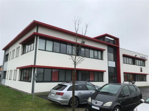 Location Bureaux HAUTE GOULAINE - Photo 1