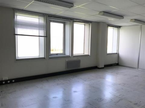 Location Bureaux COUERON - Photo 3