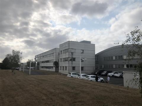 Location Activités Entrepôts CARQUEFOU - Photo 4