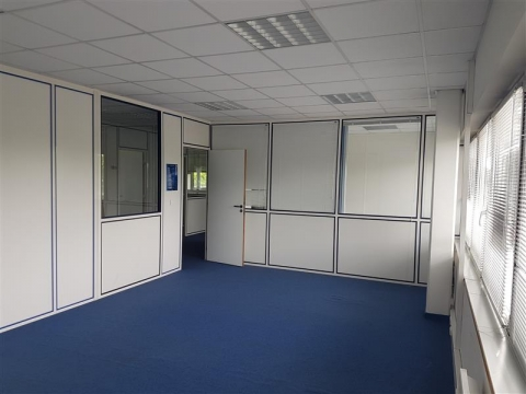 Location Bureaux CARQUEFOU - Photo 2