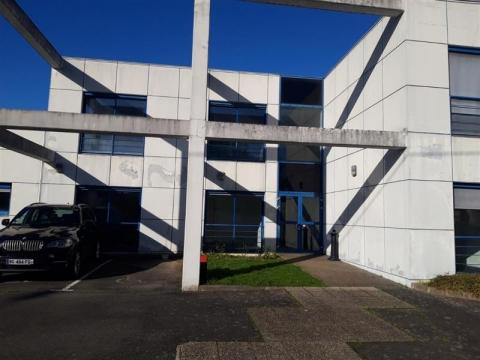 Location Activités Entrepôts CARQUEFOU - Photo 1