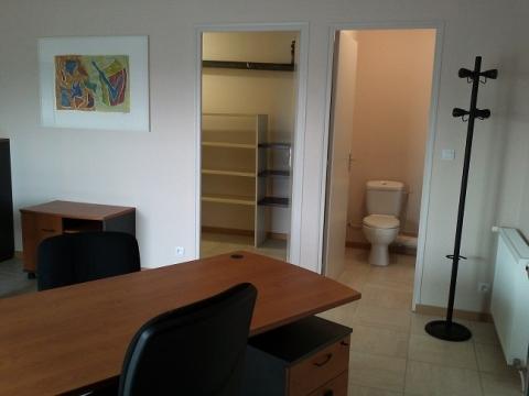 Location Bureaux SAINT JEAN LE BLANC - Photo 2