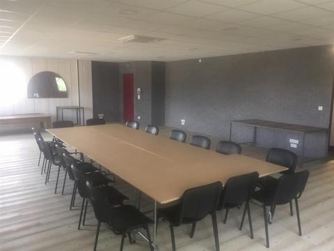 Location Bureaux CHATEAUNEUF SUR LOIRE - Photo 1