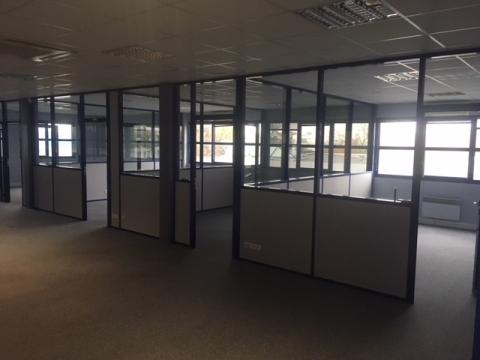 Location Bureaux LA CHAPELLE SAINT MESMIN - Photo 4