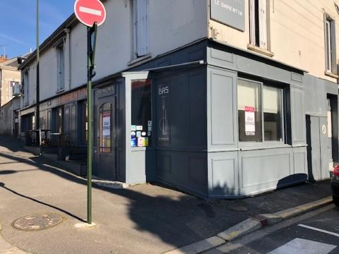 Location Commerces ORLEANS - Photo 1