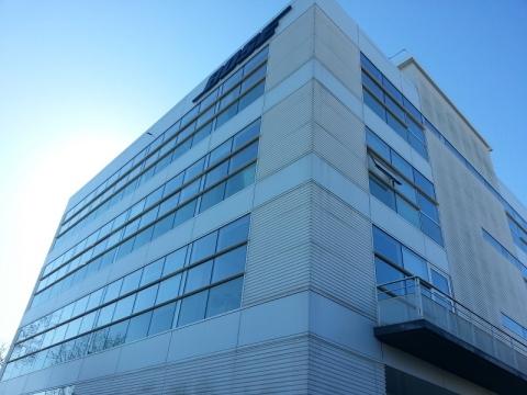 A Louer ou à vendre immeuble de bureaux indépendant St Germain Bel Air