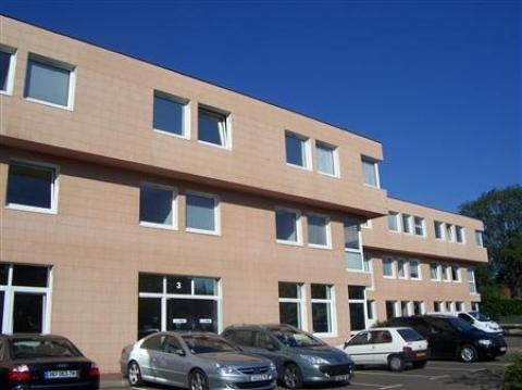 Bureaux à louer et activité légère à Louveciennes