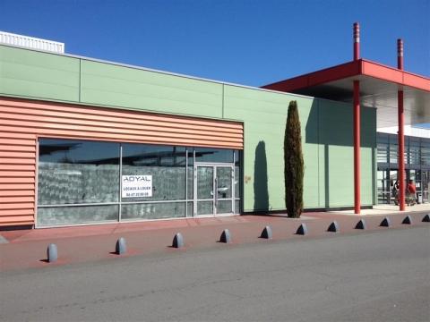 Location Commerces ALBI - Photo 1