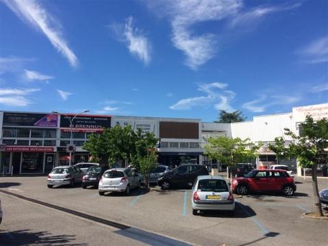 Location Commerces TOURNEFEUILLE - Photo 1