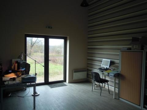 Location Entrepôts TRUYES - Photo 3