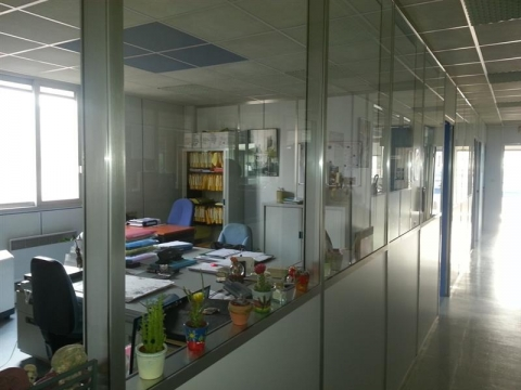 Vente Utilisateur Bureaux LARCAY - Photo 2