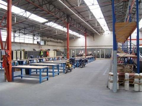 Location Activités Entrepôts SAINT PIERRE DES CORPS - Photo 4
