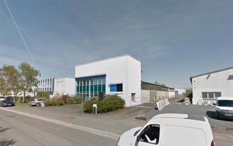 Local d'activité d'environ 1 110 m² à Chambray les Tours, disponible à la location ou à l'achat