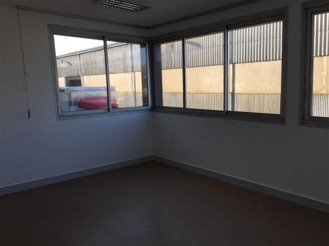 Location Bureaux SAINT PIERRE DES CORPS - Photo 3