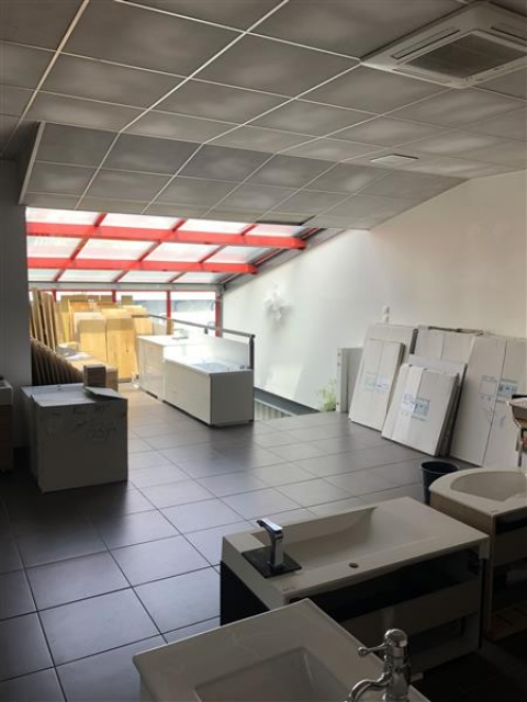 Location Bureaux et activités légères ROCHECORBON - Photo 6