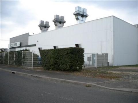Location Entrepôts TOURS - Photo 2