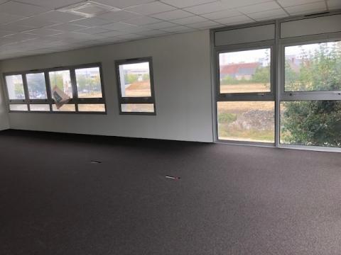 Bureaux d'environ 125 m² et 140 m² disponibles à la location sur la ville de Tours