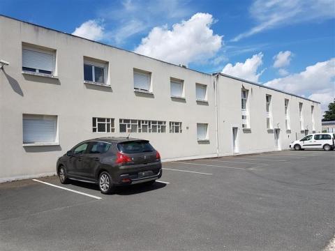 LOCAL D'activités divisibles - 300 m² ENVIRON - A LOUER - BLOIS