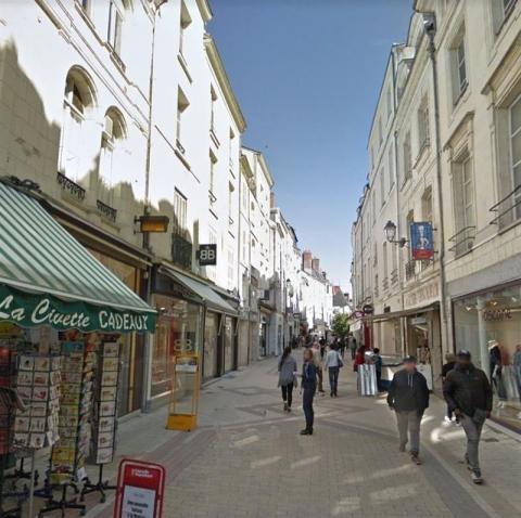 Location Commerces BLOIS - Photo 1
