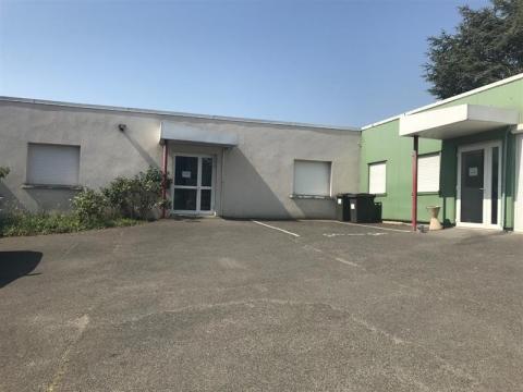Idéal investisseur - Plateaux de bureaux - 300 m² environ - à vendre - Blois