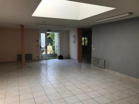 Plateau de bureaux - 250 m² environ - A vendre - BLOIS