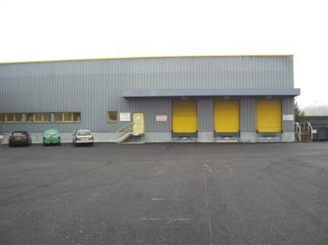 Location Entrepôts VINEUIL - Photo 1