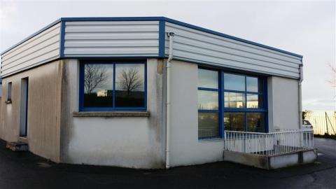 Location Bureaux et activités légères YFFINIAC - Photo 3